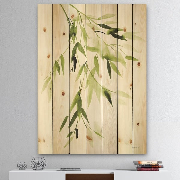 Designart 'Simplist Bamboo Leaves I' Lake House Print on Natural Pine Wood - Green