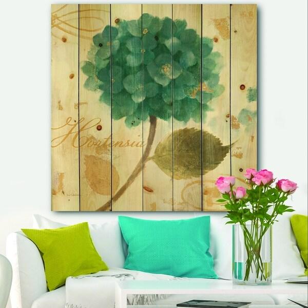 Designart 'Blue Cottage Flower Hydrangea I' Farmhouse Print on Natural Pine Wood - Blue
