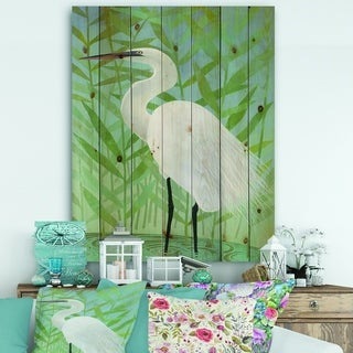 Designart 'heron by the Shore II' Modern Farmhouse Print on Natural Pine Wood - Green/White
