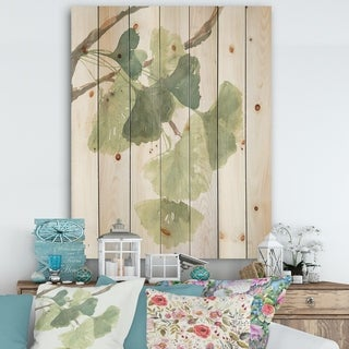 Designart 'Watercolor Gingko Leaves I' Cabin & Lodge Print on Natural Pine Wood - Green