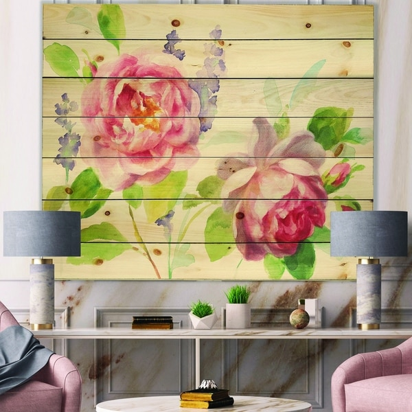 Designart 'Watercolor Roses Bouqet' Shabby Chic Print on Natural Pine Wood - Green/Red