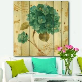 Designart 'Blue Cottage Flower Hydrangea II' Farmhouse Print on Natural Pine Wood - Blue