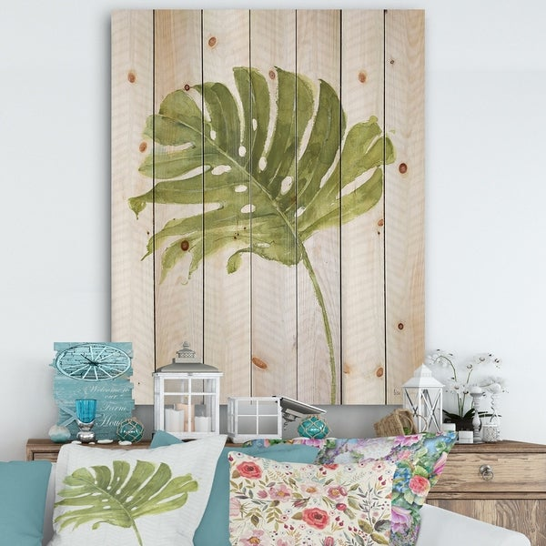 Designart 'Mixed Botanical Green Leaves VII' Cottage Print on Natural Pine Wood