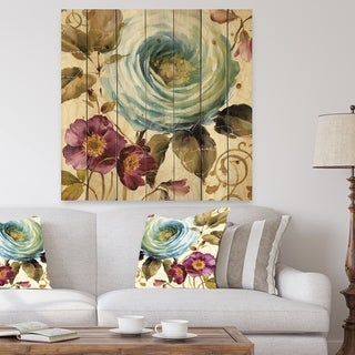 Designart 'Victorias Cream Flower' Traditional Print on Natural Pine Wood - Multi-color