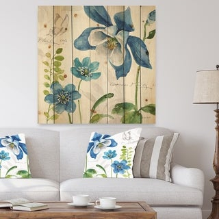 Designart 'Blue Columbine Flowers With Butterfly' Cabin & Lodge Print on Natural Pine Wood - Blue/Green