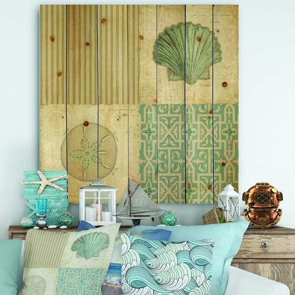 Designart 'Beach Treasures Collage I' Traditional Bathroom Print on Natural Pine Wood - Blue