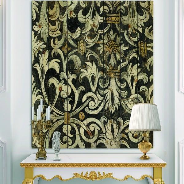 Designart 'Gold Mettalic Floral Strapwork ' Ornate Glam Print on Natural Pine Wood - Black