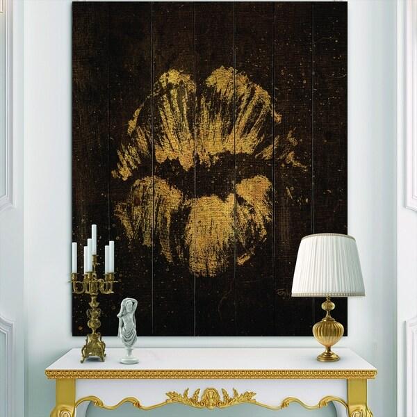 Designart 'Gold Fashions Lips' Fashion Print on Natural Pine Wood - Black
