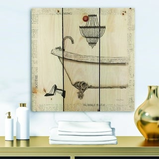 Designart 'Paris Hotel Bathroom VI' Traditional Bathroom Print on Natural Pine Wood - Grey