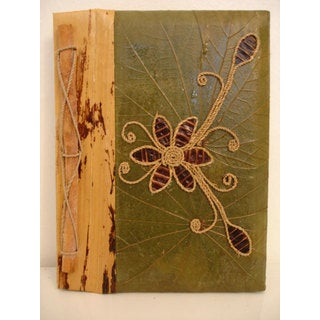 Handmade Green/Brown Rayon from Bamboo/Leaf Pea Pod Flower Photo Album (Indonesia)