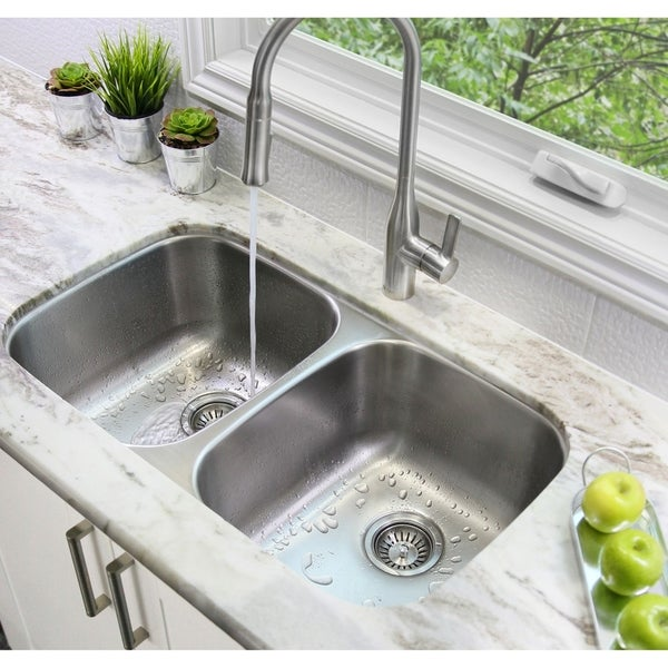 shop 32 l x 19 w double basin undermount kitchen sink with strainers rh overstock com