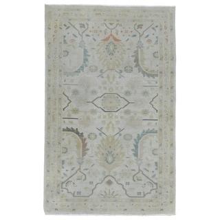 "One-of-A-Kind Sarouk Oriental Rug - 4' x 6'3"""