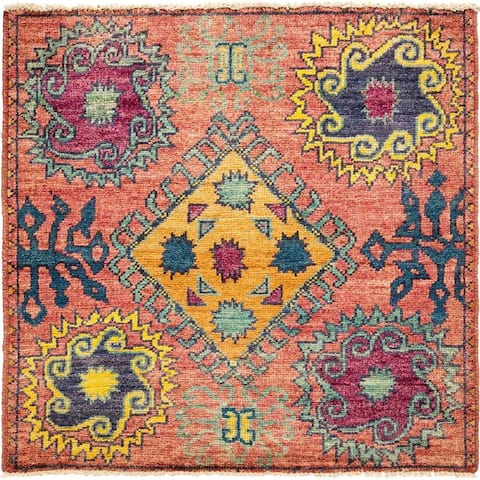 "Kaitag, Hand Knotted Area Rug - 4' 0"" x 4' 2"" - 4' x 4'2"" Square/Surplus"