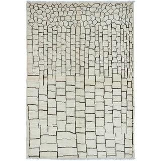 eCarpetGallery  Hand-knotted Shalimar Cream Wool Rug - 6'0 x 8'10