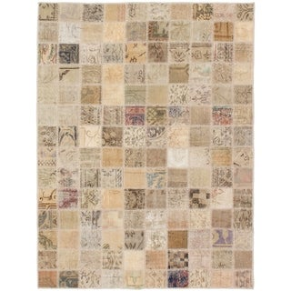 eCarpetGallery  Hand-knotted Vintage Anatolia Patch Khaki Wool Rug - 4'10 x 6'5