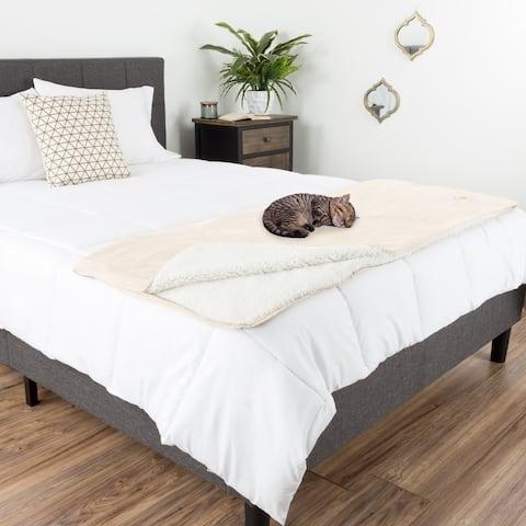 Waterproof Pet Blanket 60inx50in Plush Throw Protects Furniture by Petmaker