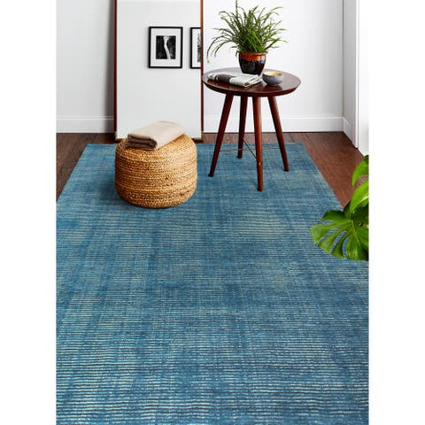 Janis Contemporary Hand Loomed Area Rug