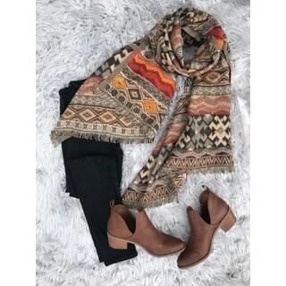 Handmade Geometric Pattern Wool Blend Scarf (India)