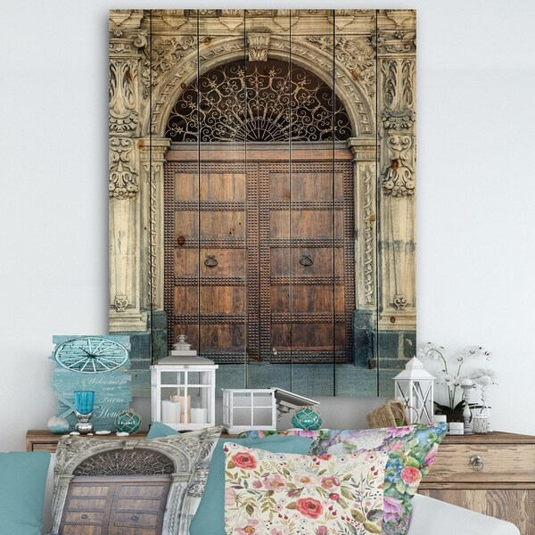 Designart 'Old Door in Catania, Italy' Vintage Print on Natural Pine Wood - Brown/White