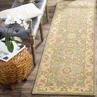 """Safavieh Handmade Antiquities Gem Green Wool Runner - 2'3"""" x 8' Runner"""