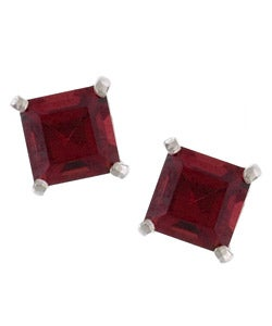 Kabella 14k White Gold Garnet Square Gemstone Stud Earrings