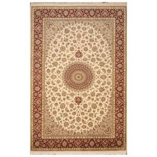 Handmade Tabriz Wool and Silk Rug (Pakistan) - 6'2 x 9'5