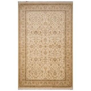 Handmade Tabriz Wool and Silk Rug (Pakistan) - 6'1 x 9'6