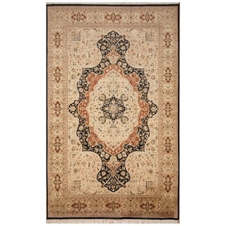 Handmade Tabriz Wool and Silk Rug (Pakistan) - 6'1 x 10'