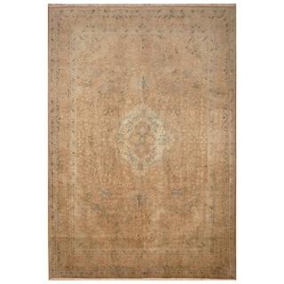 Handmade Tabriz Wool Rug (Iran) - 6'6 x 8'4