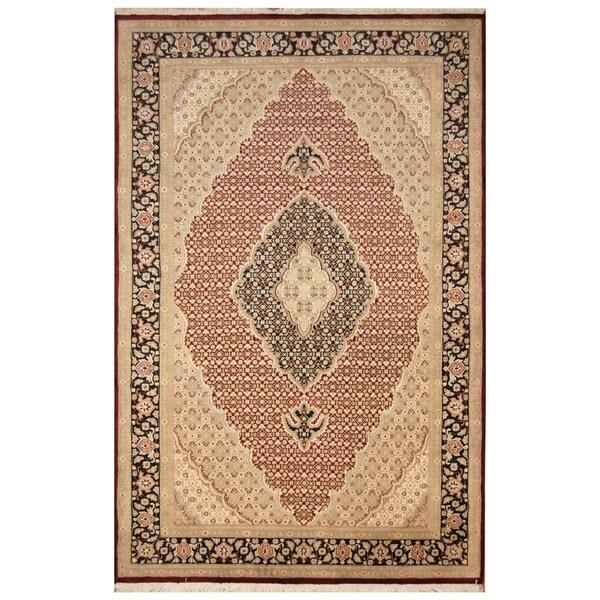 Handmade Tabriz Wool and Silk Rug (Pakistan) - 6'1 x 9'4