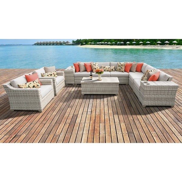 Fairmont Patio Furniture.Shop Fairmont 11 Piece Outdoor Wicker Patio Furniture Set 11d Free