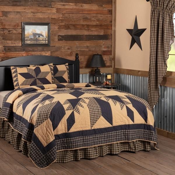Shop Black Country Bedding Lansing Black Quilt Set Cotton