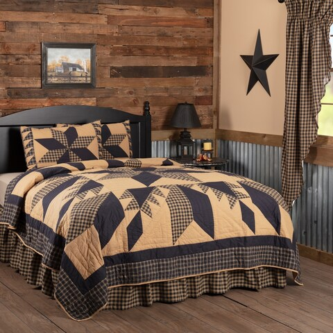 Black Country Bedding Lansing Black Quilt Set Cotton Star Patchwork (Quilt, Sham)
