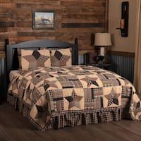 Black Country Bedding Denton Quilt Set Cotton Star Patchwork (Quilt, Sham)