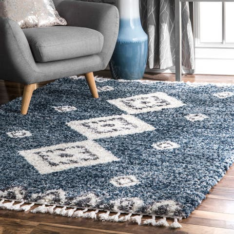 Porch & Den Lemoyne Geometric Trellis Tassel Shag Area Rug