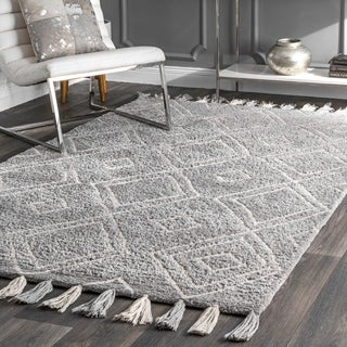 The Gray Barn Denisse Hollow Handmade Boho Diamond Tassel Shag Area Rug
