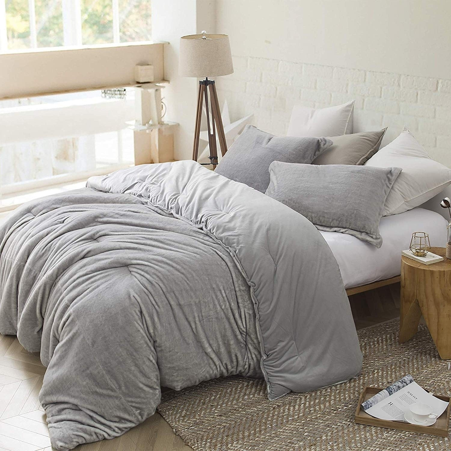 Shop Silver Orchid Quirk Oversized Comforter Set   Overstock