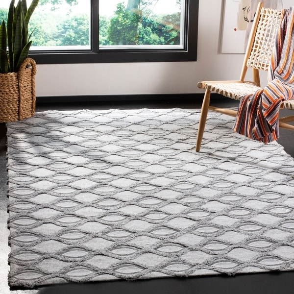 Safavieh Hand-Woven Marbella Modern & Contemporary - Grey/Charcoal Polyester Rug - 3' x 5'