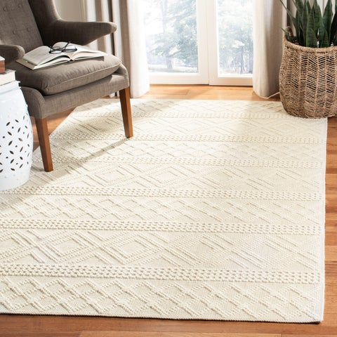 Safavieh Hand-Woven Vermont Transitional - Ivory Wool Rug - 6' x 6' Square