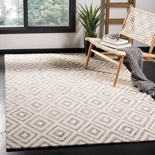 Safavieh Handmade Micro-Loop Ziynet Wool Rug