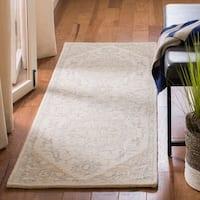 Safavieh Handmade Micro-Loop Nuriye Wool Rug