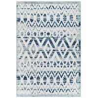 The Curated Nomad Skyline Distressed Chevron Indoor/ Outdoor Area Rug - 8' x 10'