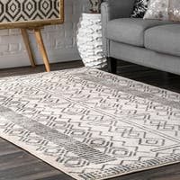 Carson Carrington Carrowdore Contemporary Chevron Tribal Area Rug
