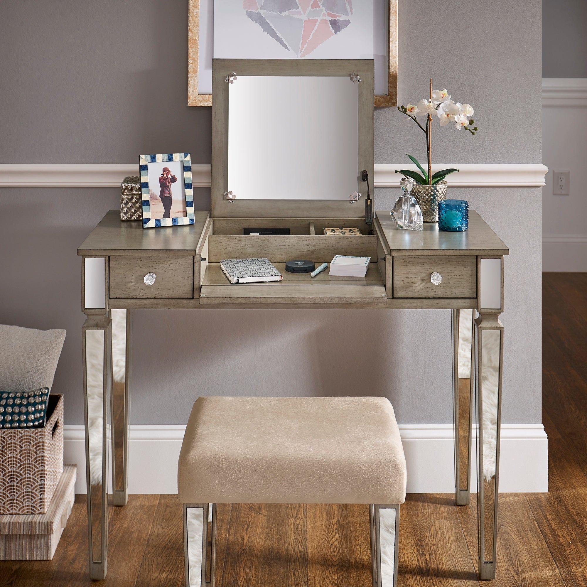 Silver Orchid Bedford Grey Mirrored Vanity Set With Flip Mirror And Strip