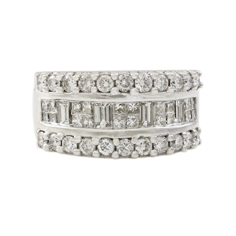 18K White Gold 1.6 CT Diamond Band Ring (I-J, VS1-VS2)