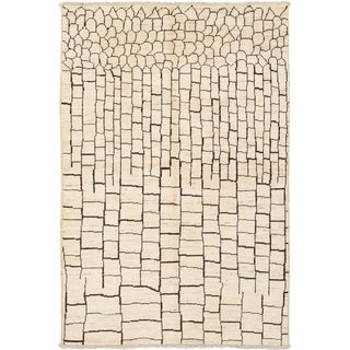 eCarpetGallery  Hand-knotted Tangier Cream Wool Rug - 6'0 x 9'1