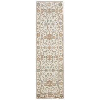 eCarpetGallery  Hand-knotted Royal Ushak Cream Wool Rug - 2'8 x 9'10