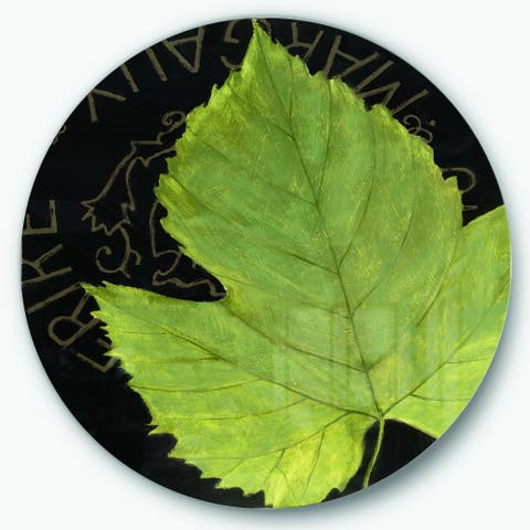 Porch & Den Handpainted Green Leaf On Black' Farmhouse Metal Circle Wall Art