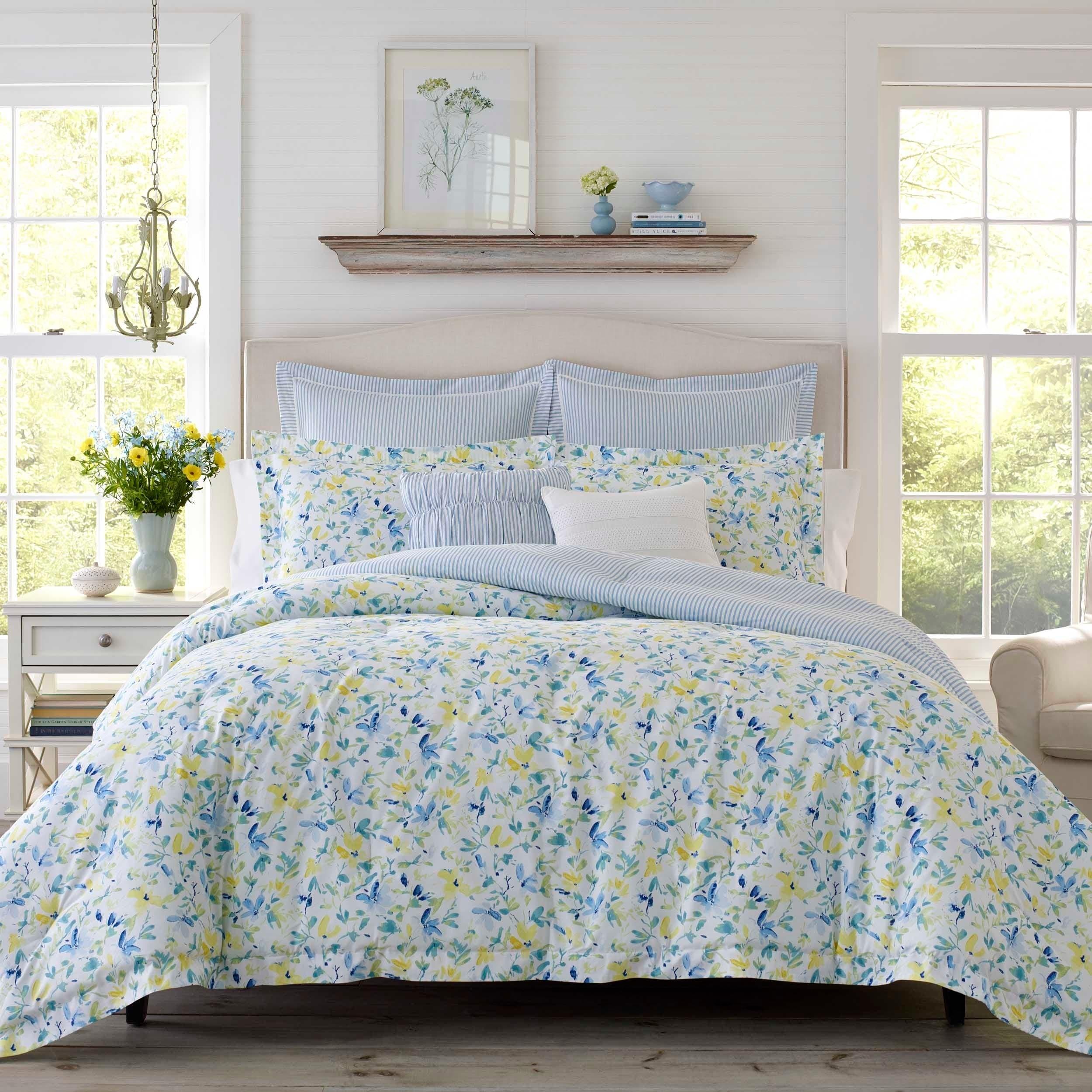 Shop Laura Ashley Nora 7 piece Comforter Set   On Sale   Overstock