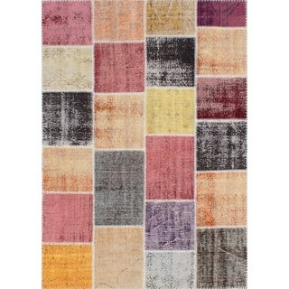 eCarpetGallery  Hand-knotted Color Transition Patch Red Wool Rug - 5'6 x 7'9